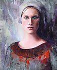 Mujer con turbante gris