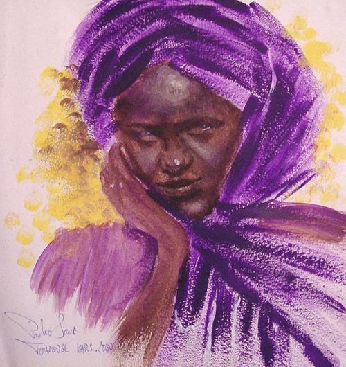 Mujer africana en morado