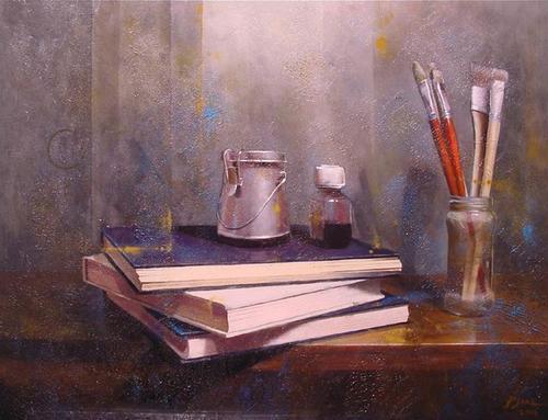 Libros y pinceles / Armonía en gris y rojo